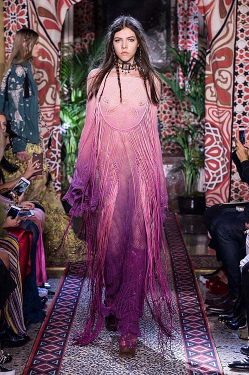 roberto-cavalli-spring-summer-2017-ss17-rtw-dress-38-sheer-fringes-violet-loose-sleeves-choker