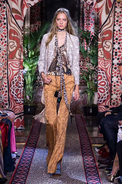 roberto-cavalli-spring-summer-2017-ss17-rtw-dress-44-formals-printed-pants-jacket