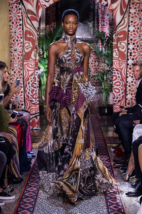 roberto-cavalli-spring-summer-2017-ss17-rtw-dress-45-multicolored-long-gown