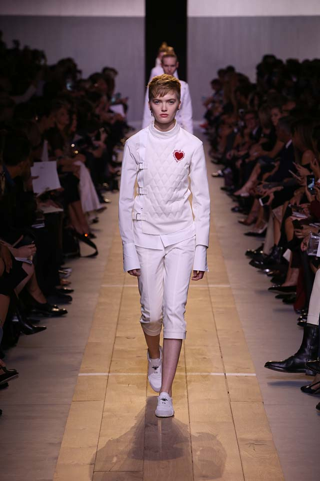 dior-ss17-spring-summer-2017-rtw-1-white-quilted-shirt-crop-pants-sneakers
