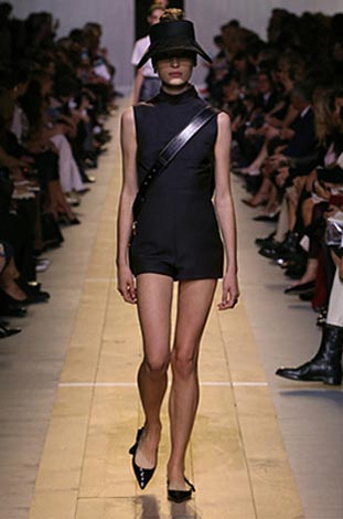dior-ss17-spring-summer-2017-rtw-17-black-dress-cross-body-shoes
