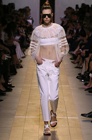 dior-ss17-spring-summer-2017-rtw-27-white-lace-top-pants-open-toe-flats