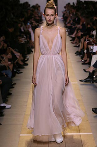 dior-ss17-spring-summer-2017-rtw-50-white-gown-plunging-neck