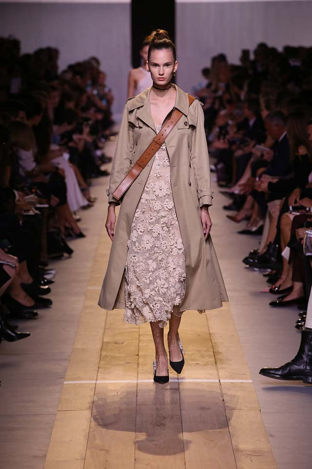 dior-ss17-spring-summer-2017-rtw-52-trench-coat