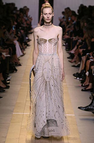 dior-ss17-spring-summer-2017-rtw-62-sheer-gown-motif-bustier