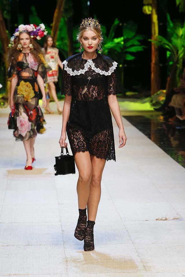 dolce-gabbana-spring-summer-2017-ss17-rtw-35-tiara-black-lace-mini-dress