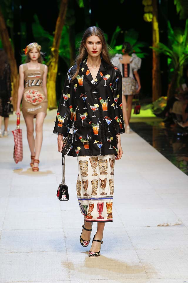 dolce-gabbana-spring-summer-2017-ss17-rtw-44-icecream-printed-shirt-maxi-skirt-handbag