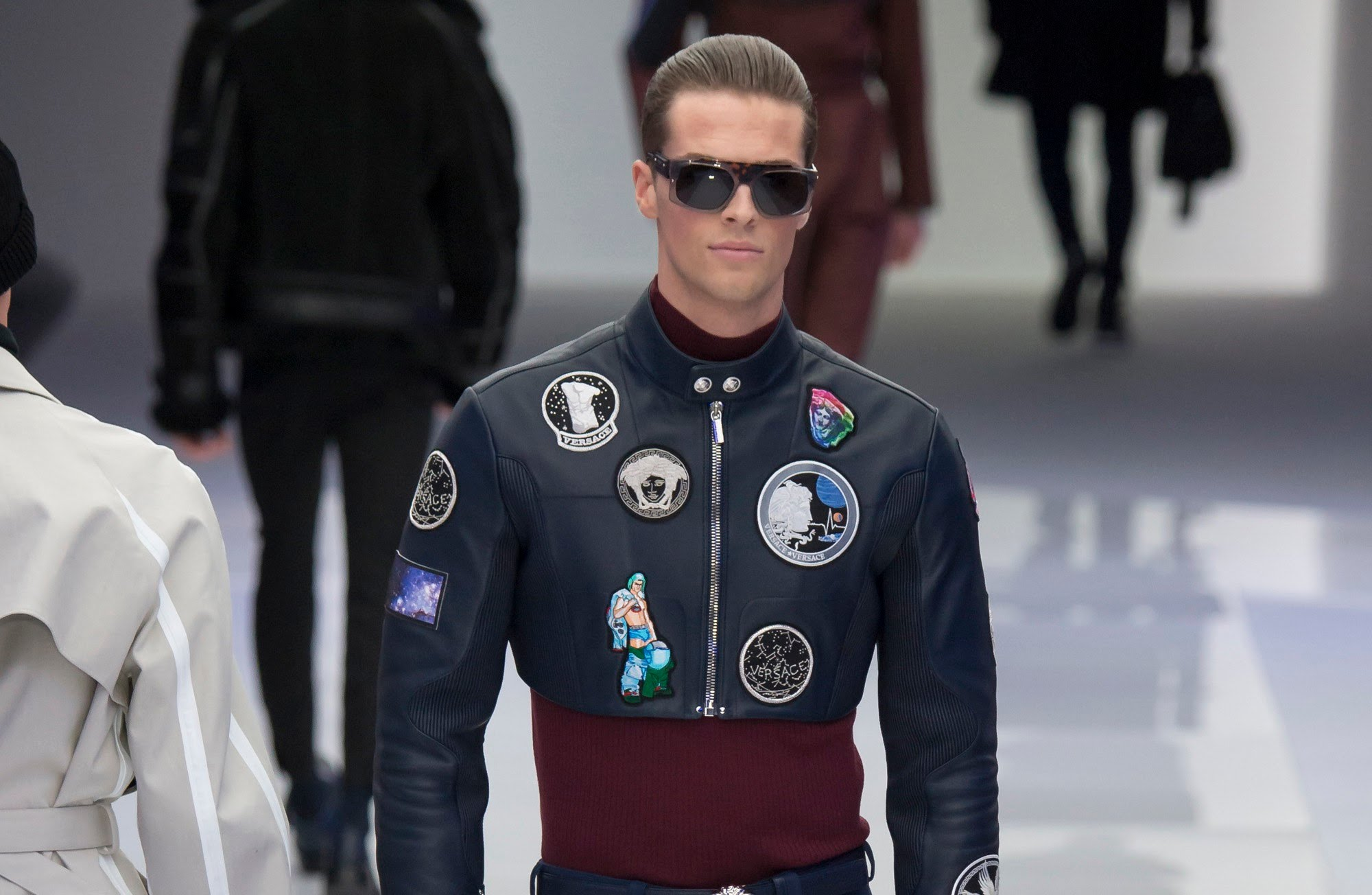 fashion-styles-for-men-versace-menswear-mens-fall-winter-2016-fw16