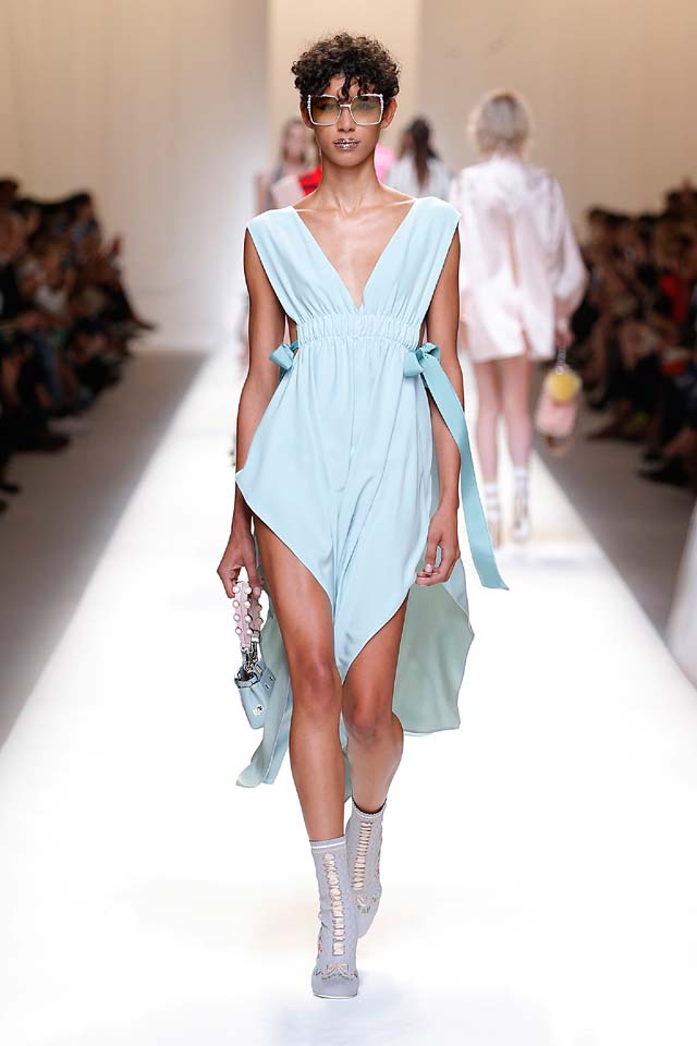 fendi-spring-summer-2016-dress-ss17-16-blue-cut-out-bow-handbag-booties