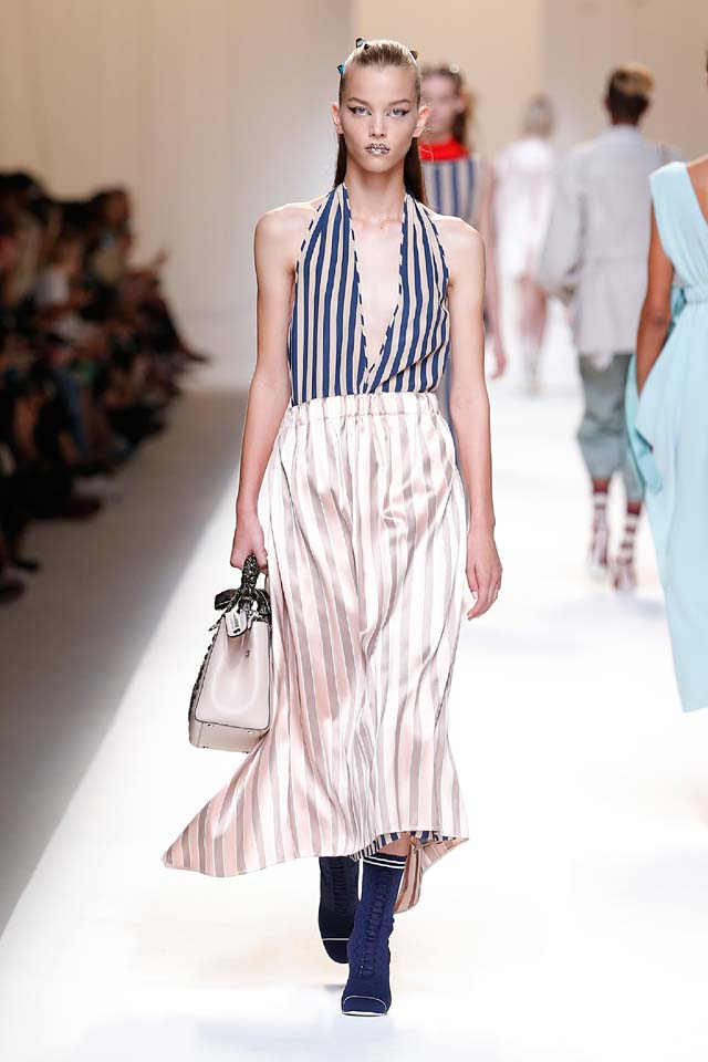 fendi-spring-summer-2016-dress-ss17-18-v-neckline-stripes-maxi-booties