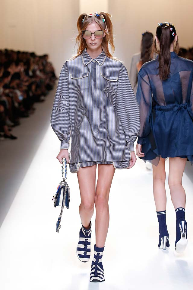fendi-spring-summer-2016-dress-ss17-3-grey-stripes-shirt-bucket-bags