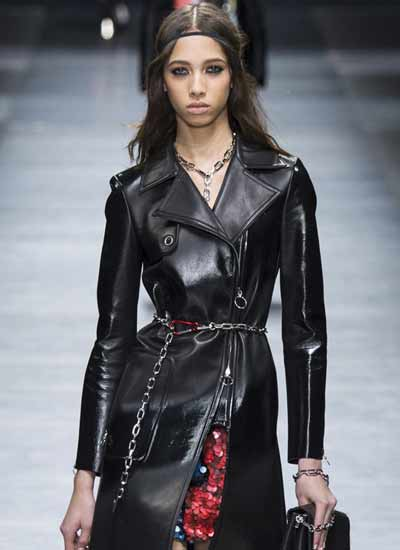 jewelry-design-chain-link-versace-fall-winter-2016-2017