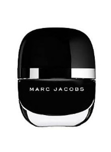 latest-nail-colors-fall-winter-2016-2017-marc-jacobs-jet-black