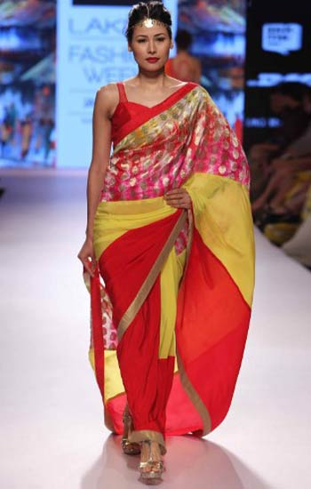 11 latest designer sarees for 2017 top wedding saree trends