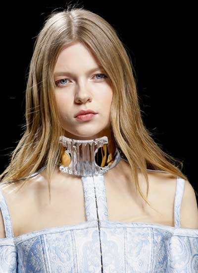 latest-fashion-hairstyles-balmain-rtw-naturally-straight-fall-2016