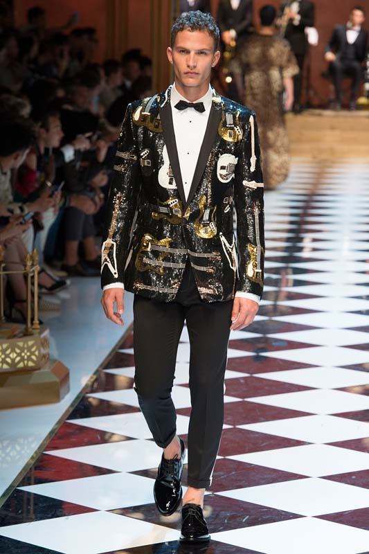 latest-fashion-trends-men-spring-summer-2017-black-jacket-dolce-gabbana