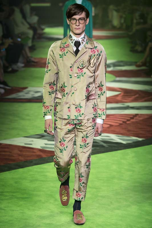 latest-fashion-trends-men-spring-summer-2017-gucci-floral-pants