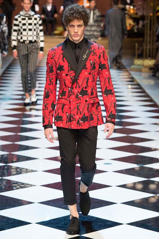 latest-fashion-trends-men-spring-summer-2017-red-statement-jackets-dolce-gabbana-crop-pants