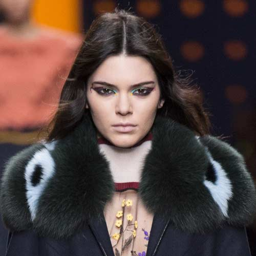 latest-hair-trend-2016-centre-part-fendi-rtw-fall