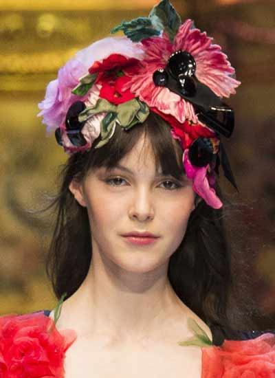 latest-hairstyles-for-fall-2016-dolce-gabbana-rtw-fashion-hair-accessories