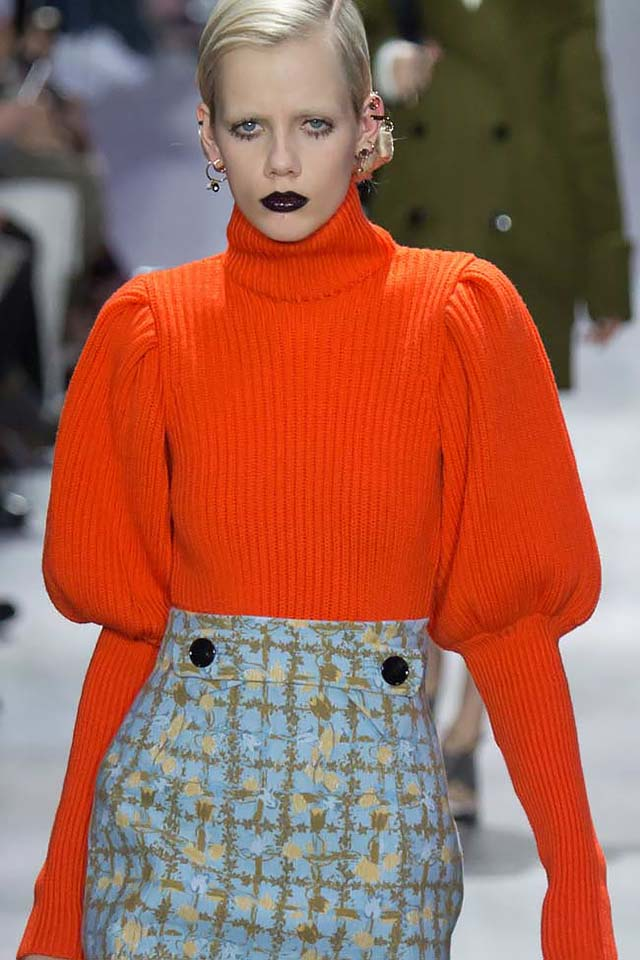 puffed-sleeve-dior-orange-sweater-trends-latest-2017-winter-women-outfit