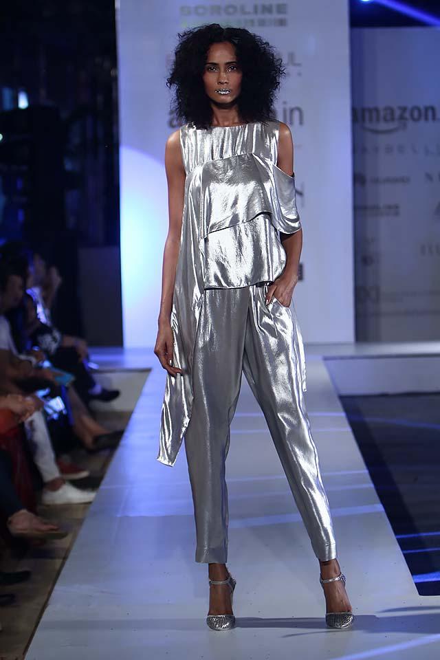 rohit-gandhi-rahul-khanna-ss17-aifw-fashion-week-spring-2017-1-silver-top-pants
