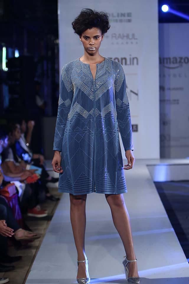 rohit-gandhi-rahul-khanna-ss17-aifw-fashion-week-spring-2017-5-knee-length-dress-blue