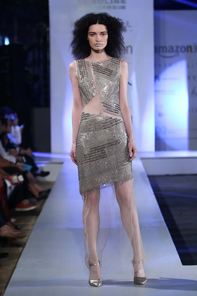 rohit-gandhi-rahul-khanna-ss17-aifw-fashion-week-spring-2017-8-sequence-sheer-dress-silver
