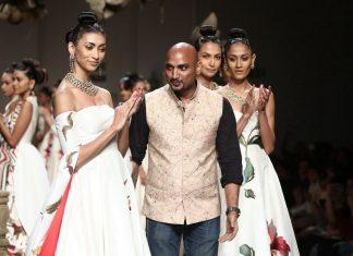 samant-chauhan-aifw-spring-summer-2017-collection-white-bridal-dresses-5-wedding-fashion-designer