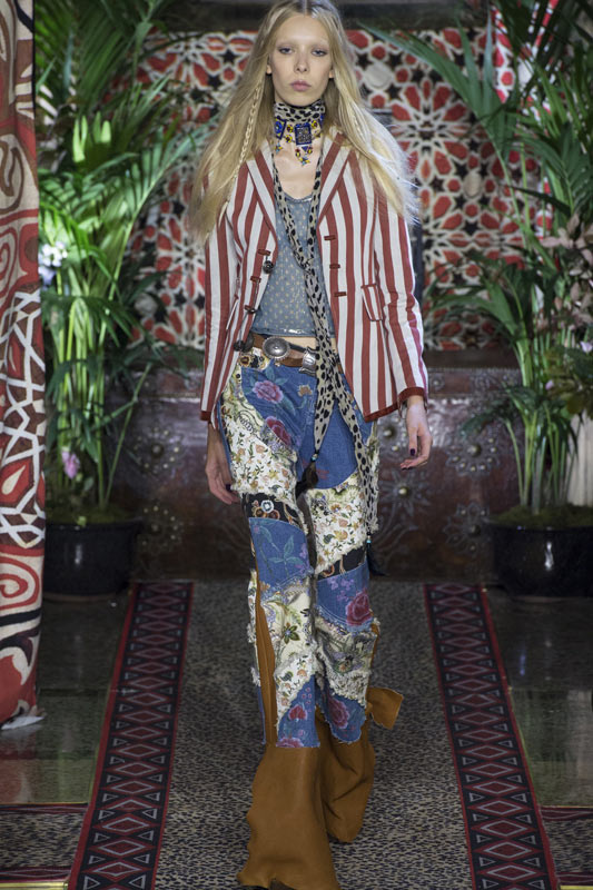best-jeans-trends-for-women-2017-roberto-cavalli-patchwork-flared-jeans