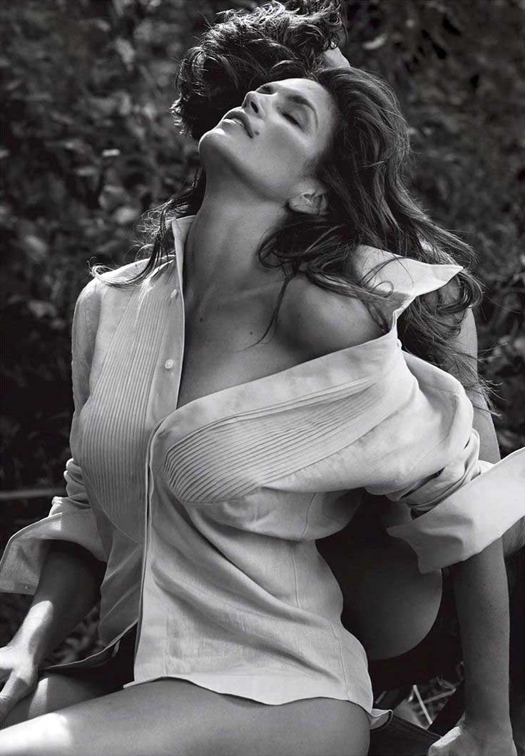cindy-crawford-shirt-sexy-90s-supermodel-look-hot-model