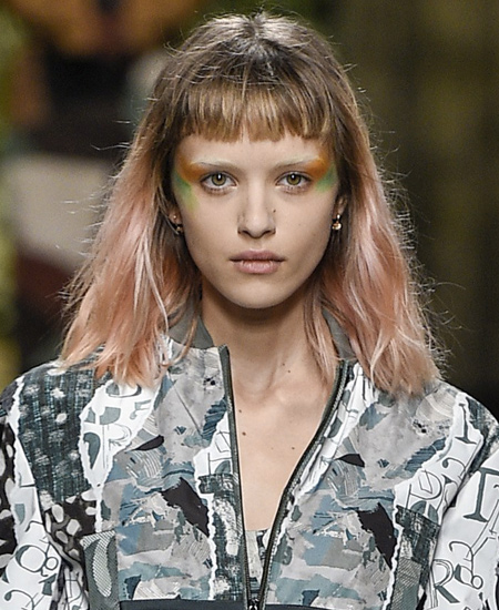 colorful-eyeshadow-latest-makeup-trends-spring-summer-2017-collection-max-mara