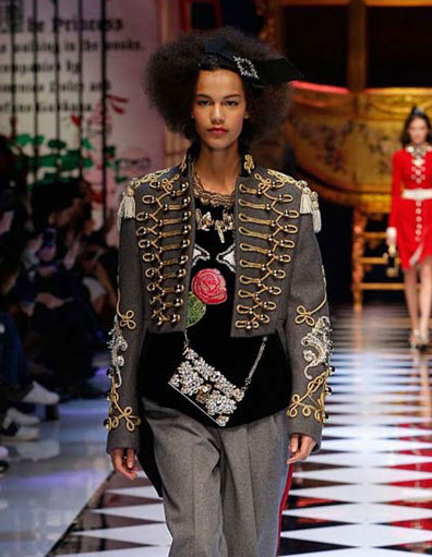 dolce-and-gabbana-hussar-frogging-fall-winter-2016-17-women-fashionable-winter-coats