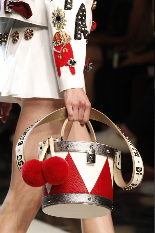 dolce-gabbana-novelty-bags-most-popular-designer-handbags-2017