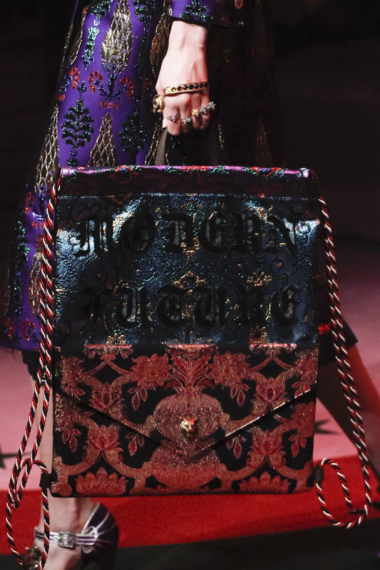 gucci-2017-latest-most-popular-designer-handbags