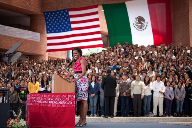 michelle-obama-style-fashion-dress-pink
