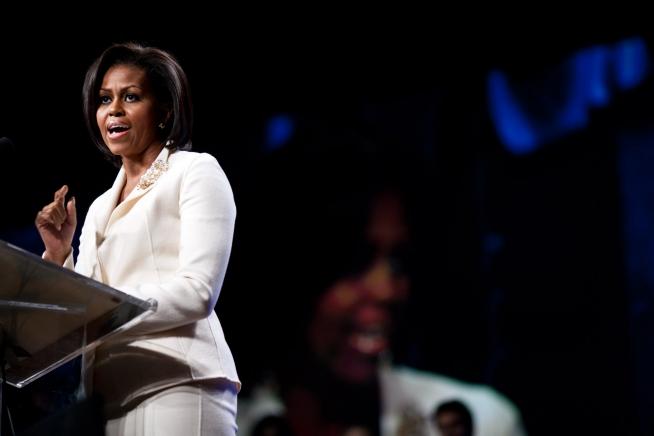 michelle-obama-style-fashion-dress-talk-university-lecture