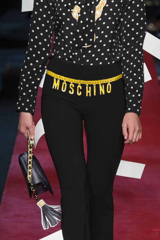 most-popular-designer-handbags-moschino-blackchain-strap-2017
