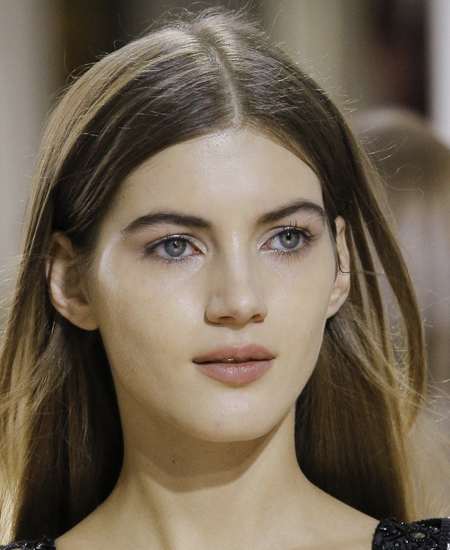oscar-de-la-renta-latest-makeup-trends-fashion-looks-runway-nude-makeup