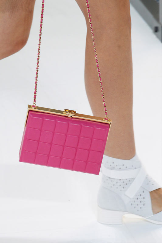 pink-box-clutch-metal-chain-strap-boxbag-popular-chanel