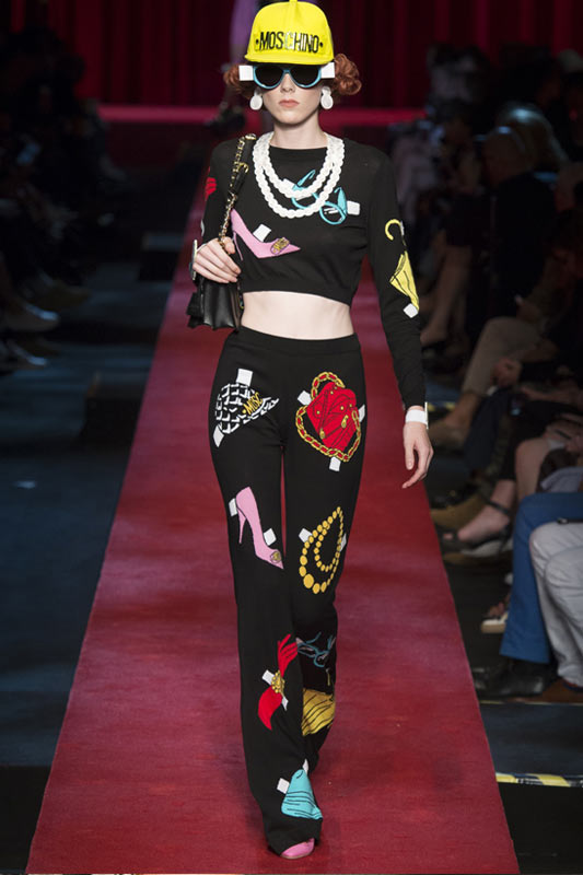 printed-pants-black-latest-trends-for-women-moschino