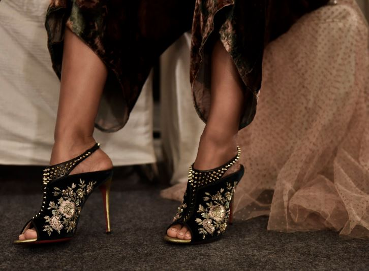 sabyasachi-christian-louboutin-collaboration-fw16-2016-womens-black-shoes-embroidered