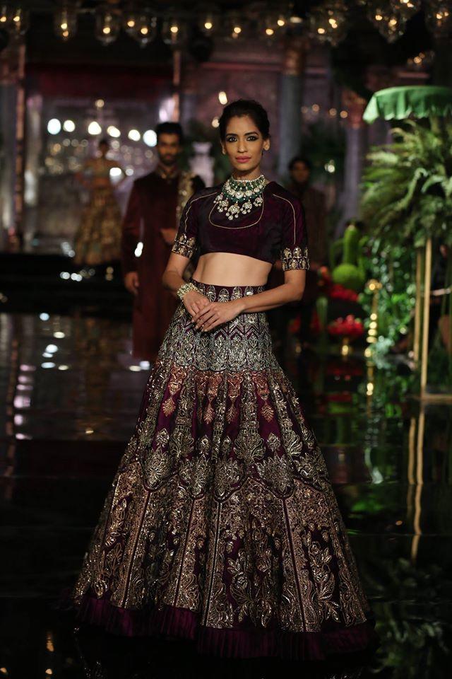 Manish Malhotra Designs ruffled-plain-bordered-lehenga-wine-burgundy-design-2017