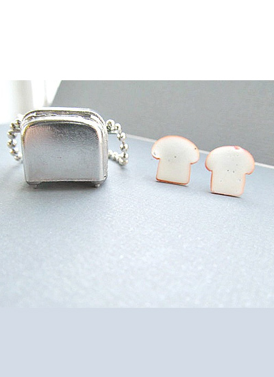 Toaster-Bread-necklace-comical-jewerlry-food-inspired-jewelry