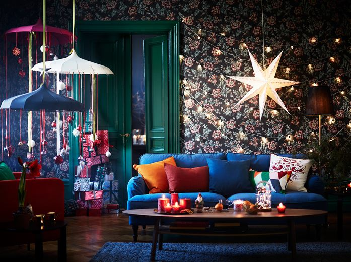 beautiful-wallpaper-wall-string-light-diy-festive-season