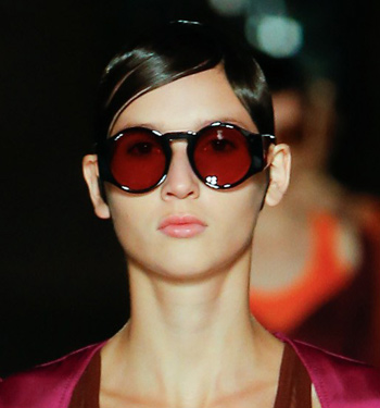 berry-colored-lens-round-sunglasses-women-runway-collection-givenchy-ss17