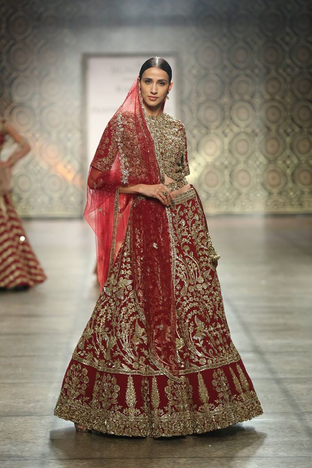 best-lehenga-designs-for-wedding-rimple-harpreet-narula-red-sequin-gold-2017