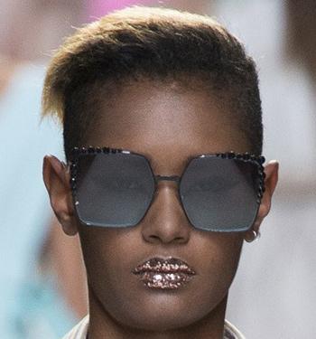 best-shades-for-women-spring-summer-2017-runway-trends