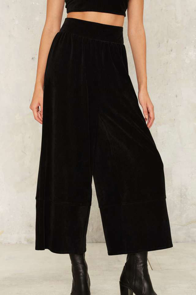 best-shopping-ideas-flared-velvet-culottes-nasty-gal-fashion-fall-2016-winter-2017