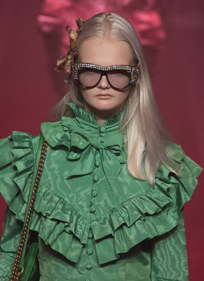 hottest-hair-trends-2017-best-spring-2017-gucci-centre-parted-hair
